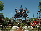 On my way back home, I had to visit the forevertron, the worlds largest scrap metal sculpture.